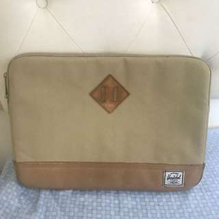 Herschel Laptop Bag (Macbook pro 13 inch)