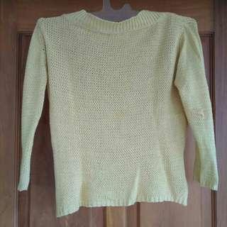 Sweater rajut kuning