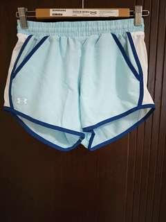 UnderArmour女生慢跑短褲(水藍色)