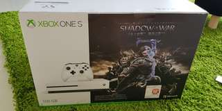 Brand new Shadow Of War XBOX ONE S