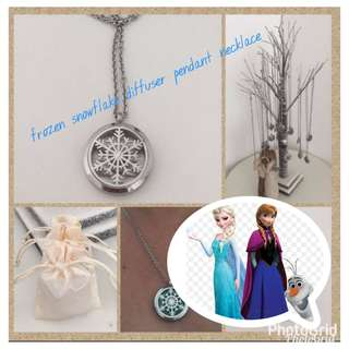#fashion75 Frozen Snowflake diffuser pendant necklace