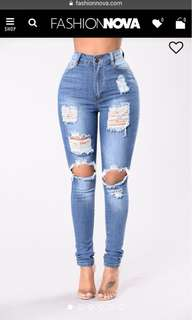 NEW - Fashion Nova Jeans Size 3