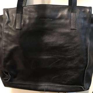 ANTEPRIMA black leather shoulder hand bag 真皮手袋