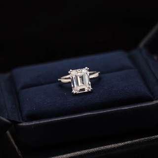 Emerald cut ring
