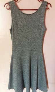 H&M sleeveless dress | gray