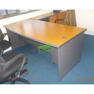 L TYPE OFFICE TABLE W MOBILE PEDESTAL CABINET SIDE CABINET