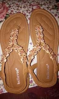 Sepatu Sendal bellevue motif kupu kupu