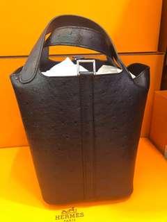 正品 全新 Hermes Picotin 18 鴕鳥皮深藍色手挽袋