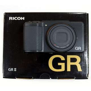 """Ricoh GR II Digital with External Viewfinder and 2 Batteries """"LIKE NEW"""""""