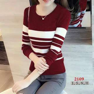 KNITTED LONGSLEEVE TOP