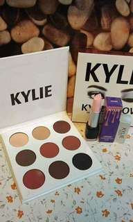 Kylie make up tool