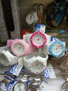Casio手錶多色選擇
