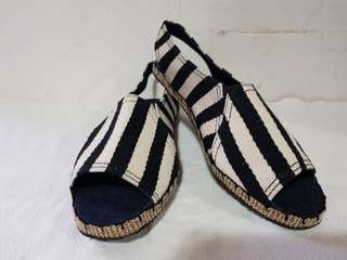 Strappy black n white espadrilles for women s8 avail