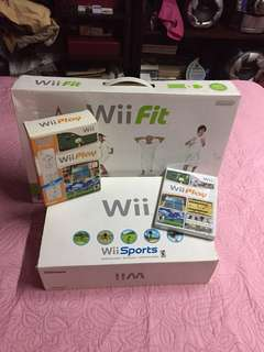Nintendo Wii Sports,Wii Play,Wii Fit