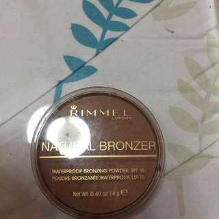 Rimmel London Natural Bronzer Waterproof Bronzing Powder