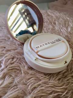 Maybelline Super Bb cushion in Light