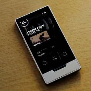 Zune HD 16gb music player