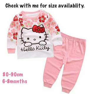 Hello Kitty Long Sleeve Pajamas Set