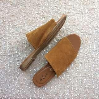 Alen's Tan Flats Sandals for Women
