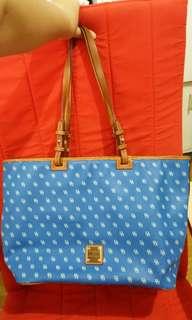 Dooney & Bourke Gretta Leisure Shopper Large Tote Bag