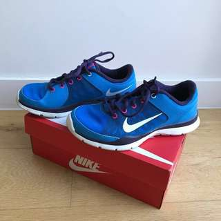 Nike Runners US size 6.5