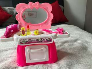 Doll Dressing table