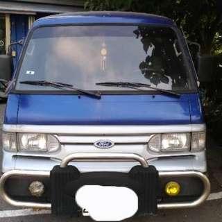 福特 載卡多廂型貨車版