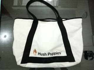 Hush puppies totebag