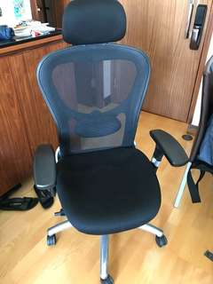 Office chair 辦公室座椅 ergonomically designed