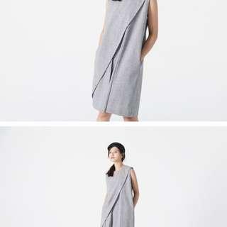 🚚 Soulsis - 不規則斜摺無袖洋裝