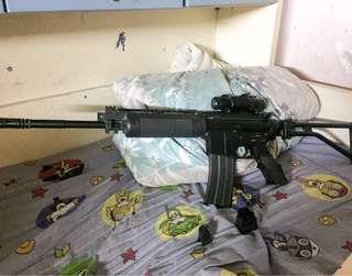 M16 (鋰電池電源,高壓改裝膽)連紅點戰術瞄準鏡及跟槍準星