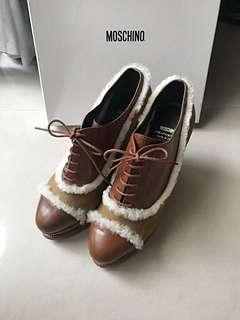 🚚 真品 MOSCHINO 駝色羊羊🐑楔形靴
