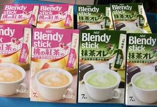 🚚 【AGF Blendy stick 白桃紅茶歐蕾/抹茶歐蕾】