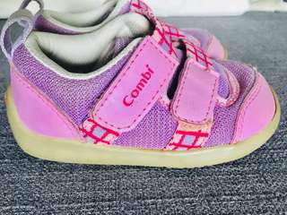 Combi - baby walker shoes (14.5cm)