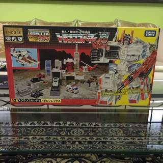 Transformers Encore 12 Metroplex