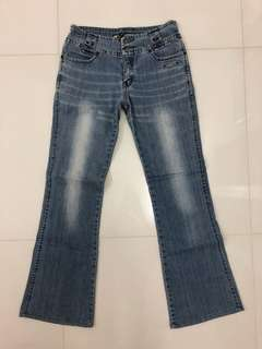 Flared jeans size 28