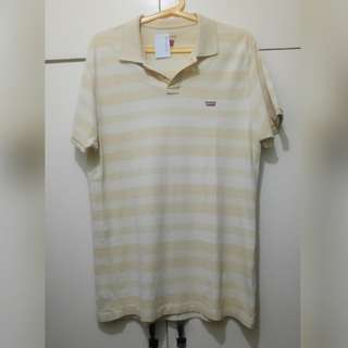 MA169 Levi's Polo Shirt (see pics for Measurements) - GUC
