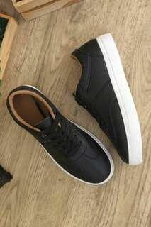 Candeze Black Sneaker