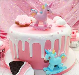 (20/5) Baby Boy / Baby Girl Cake Toppers/ Tags / Baking Supplies / Cupcake toppers / cake decorations  ( rocking horse / unicorn)