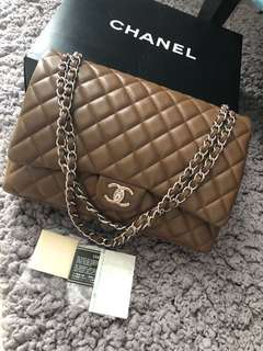 Chanel maxi brown caviar shw #15