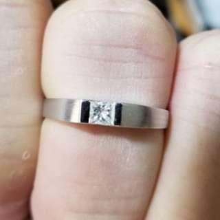 18k 金 21 份公主方鑽石戒指