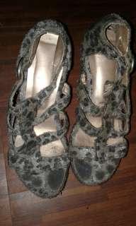 High heels / Size 6
