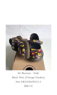 Dr Martens - Tully