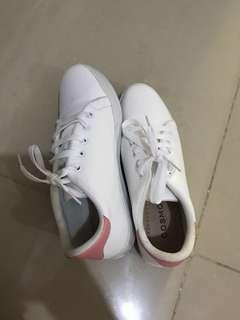 korean white pink shoes
