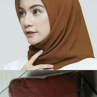 Hijab poton square