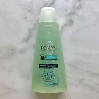 [Pond's] Clear Solution Shake & Clean 100ml