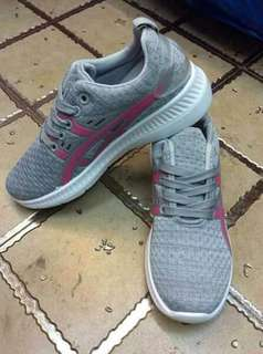 Gray Rubber Shoes with pink lining