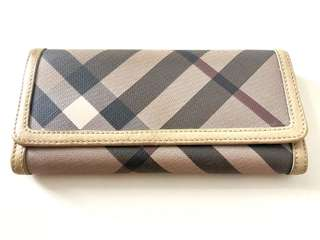 BURBERRY Smoked Check Long Wallet (100% AUTHENTIC)