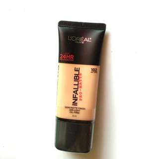 NEW, Loreal Paris Infallible Pro-Matte Foundation