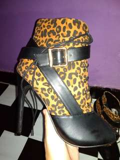 BOOTS IMPORT NEW